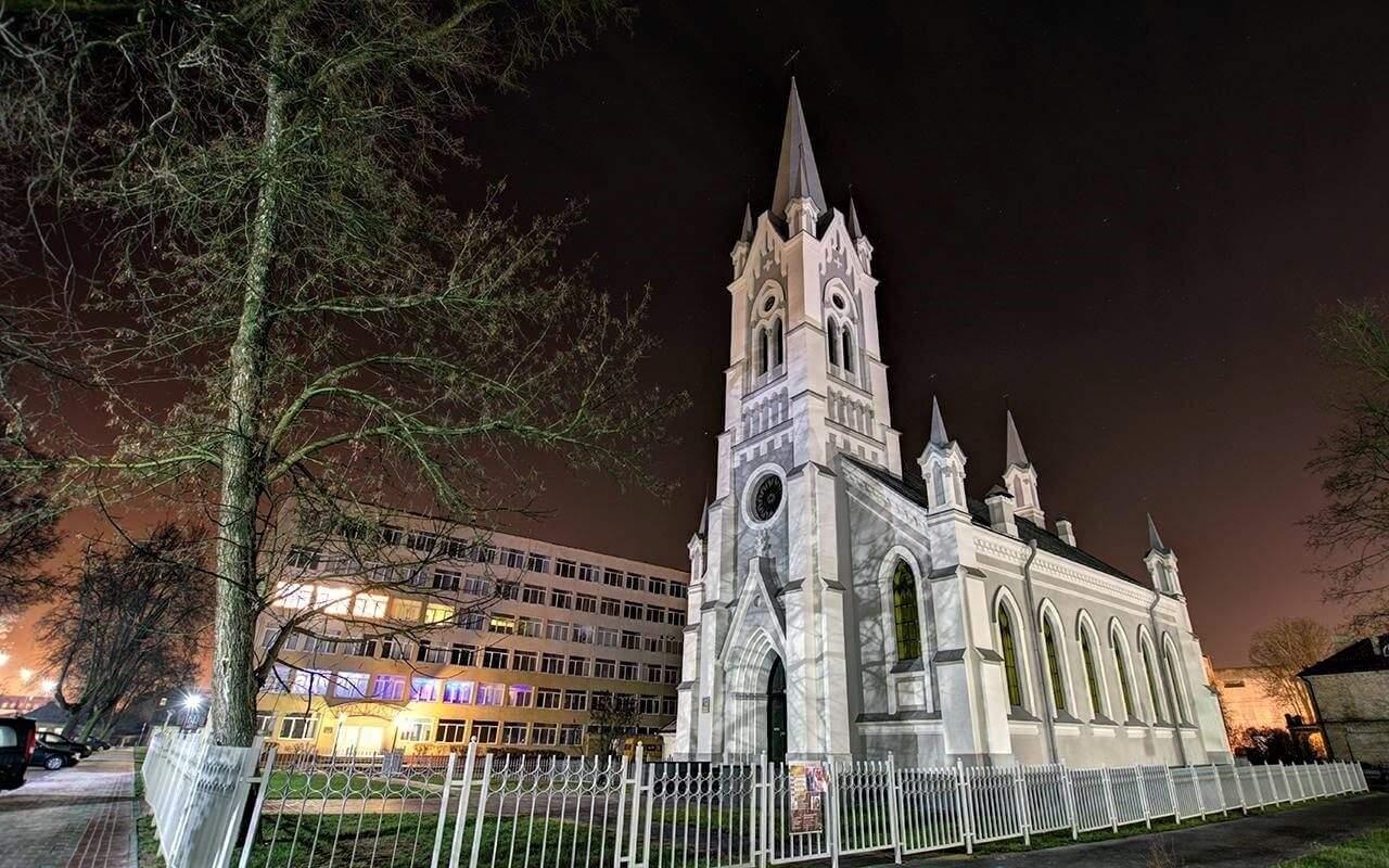 St. Johann Church at night