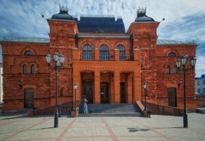 Red brick Mogilev city theatre