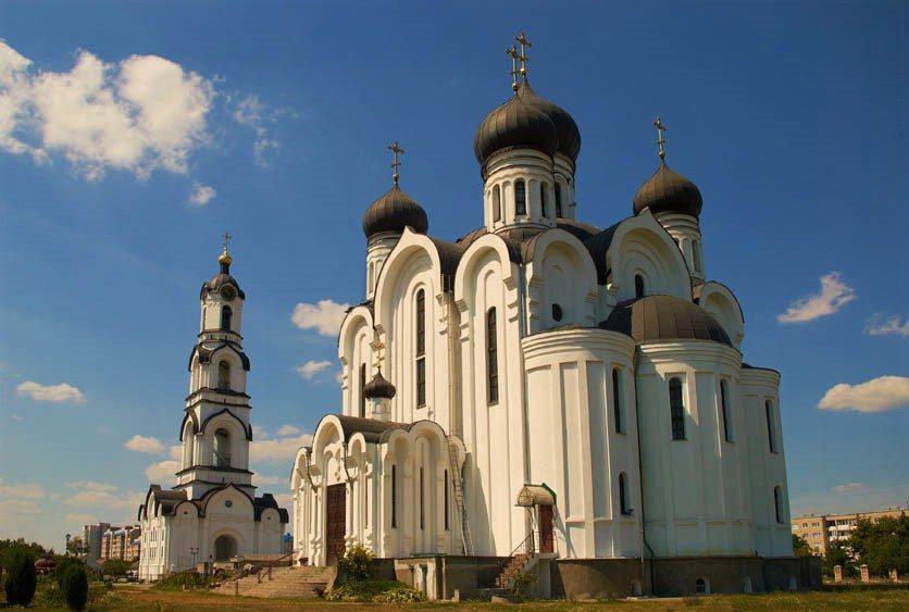 Православный храм в Пинске