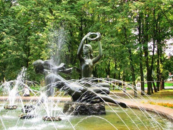 Фонтан в парке Янки Купалы, Минск