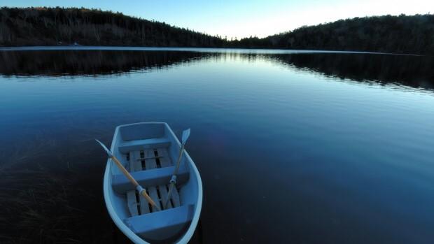 На лодке по озеру Нарочь, лучшие достопримечательности Беларуси