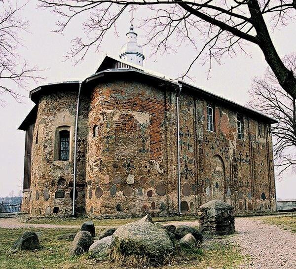 Kolozhskaya church in grey