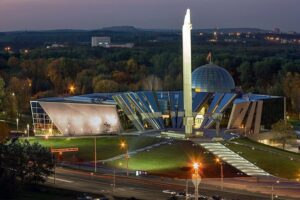 World War 2 museum in Minsk, military itinerary