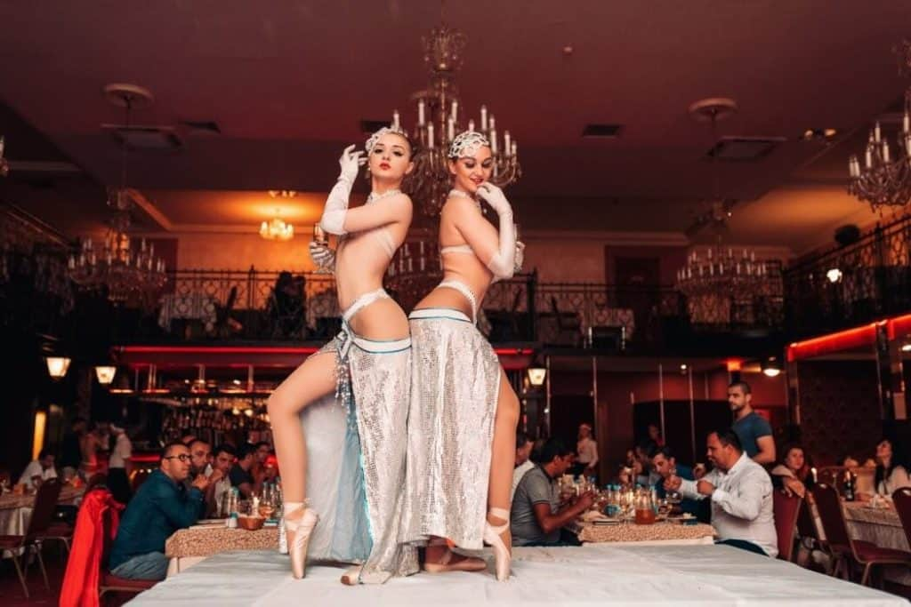 Moulen Rouge Show Club in Minsk, performance
