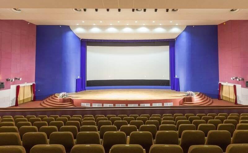 Зал кинотеатра дом Кино в Минске