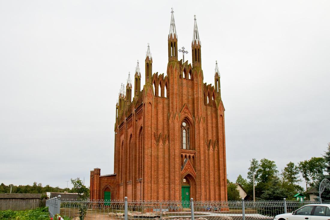 неоготический белорусский храм