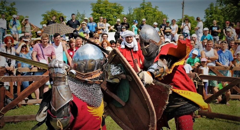 Битва чатырох эпох, средневековый фестиваль в Беларуси