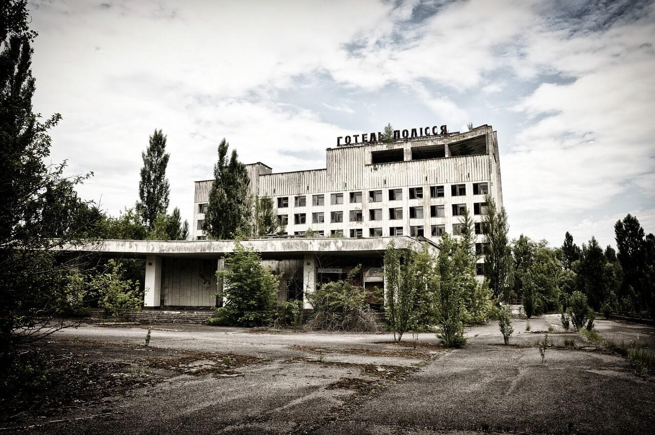 Гостиница Полесье в Припяти после аварии на ЧАЭС, как посетить Чернобыль самому или с туром