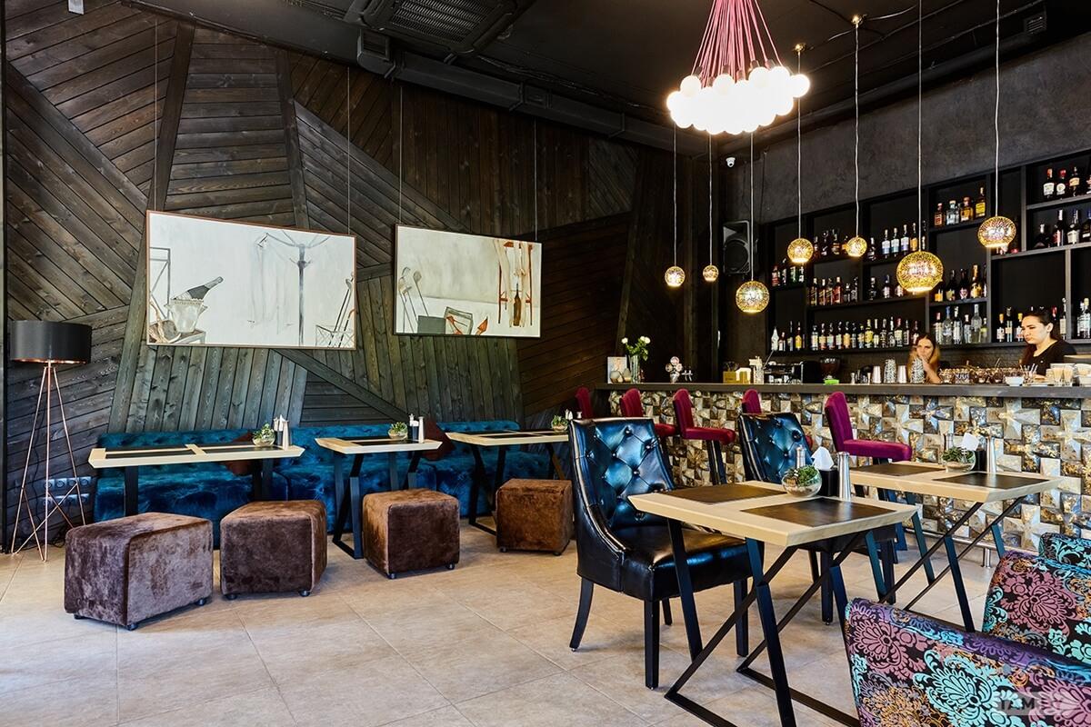 Cafe, bar and night club Stiffler's Mom in Minsk
