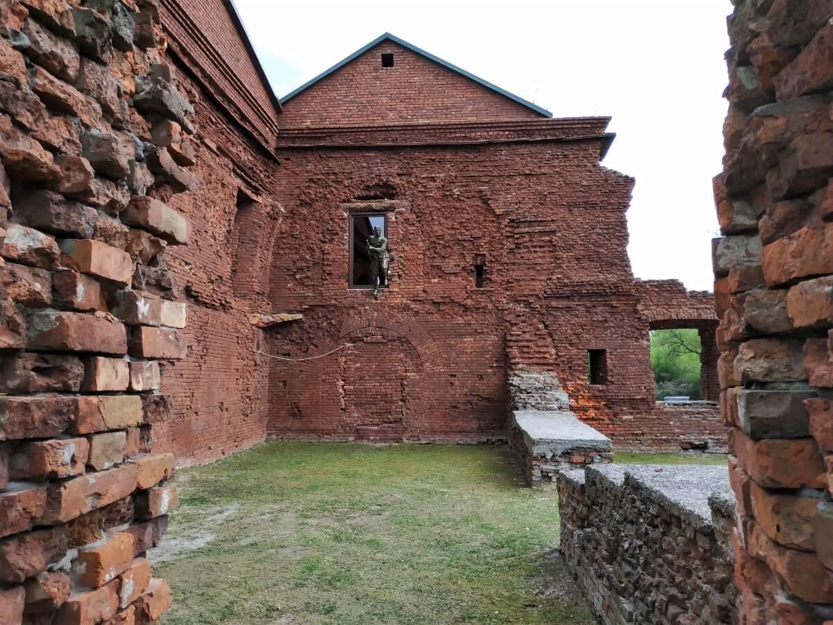 Руины Брестской крепости, достопримечательность Беларуси