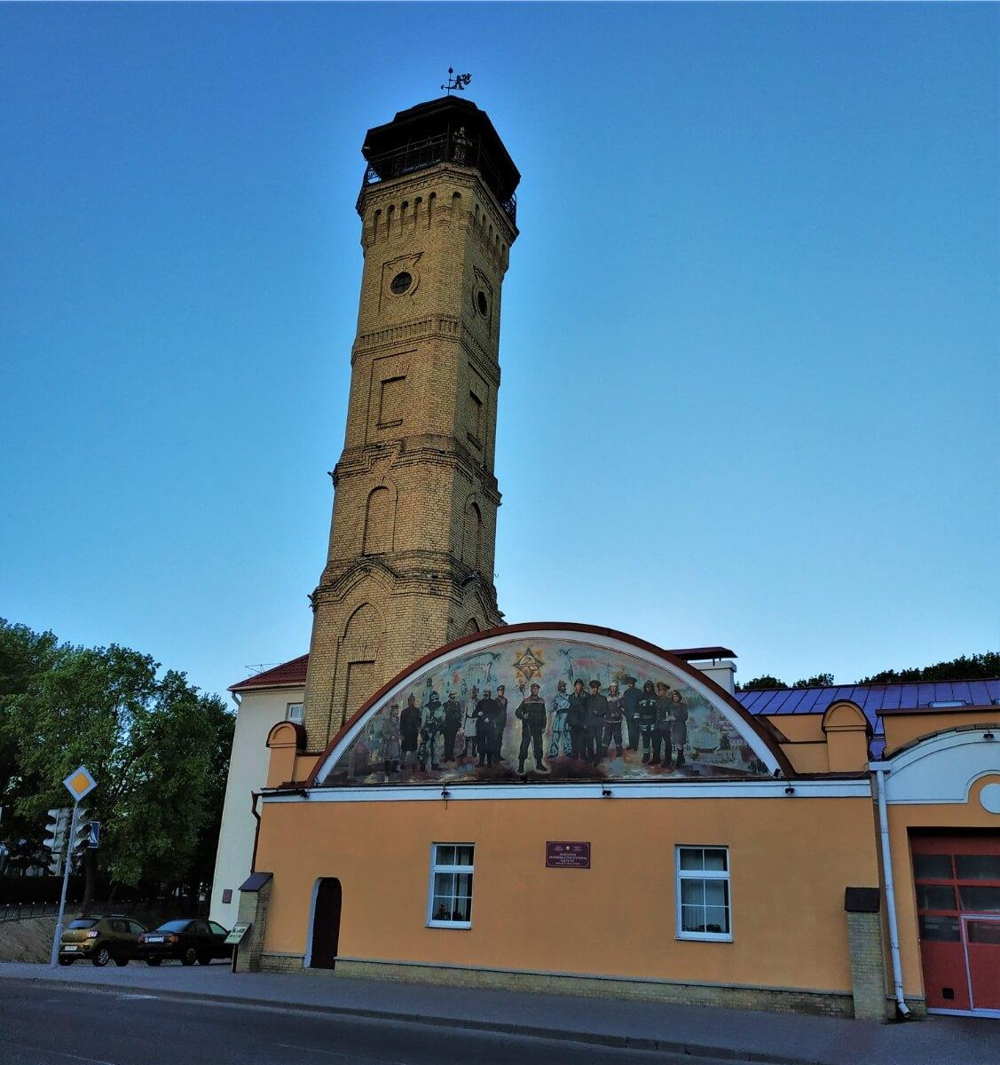 Водонапорная башня пожарной станции на улице Замковой