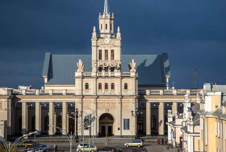 Brest railway station